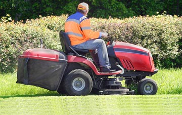 Wrexham lawn mowing costs