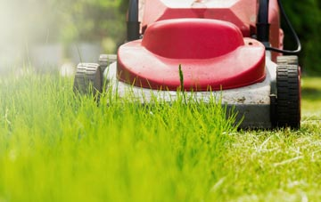 lawn mowing Wrexham